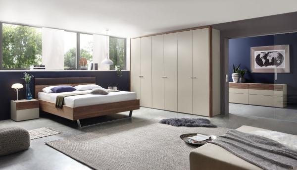 Schlafzimmer Citada A8436 In grau, Absetzung Kernnussbaum